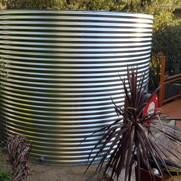 Firefighting rainwater tank at Blackwood SA