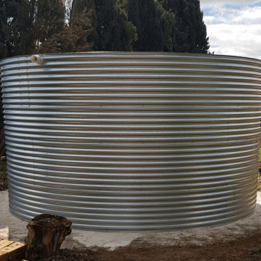 galvanised rainwater tank at Angastons, SA